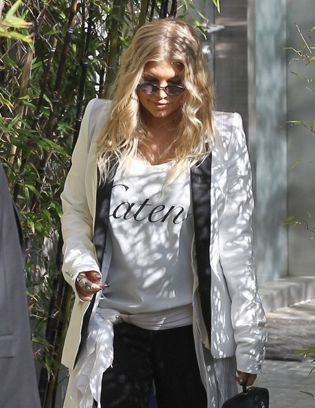 More Pics of Fergie Blazer (1 of 6) - Fergie Lookbook - StyleBistro