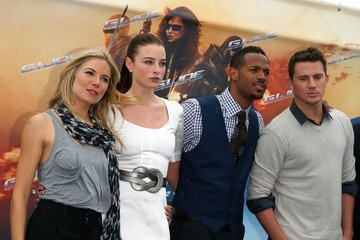 Sienna Miller Marlon Wayans 'G.I. Joe' Photocall In Berlin