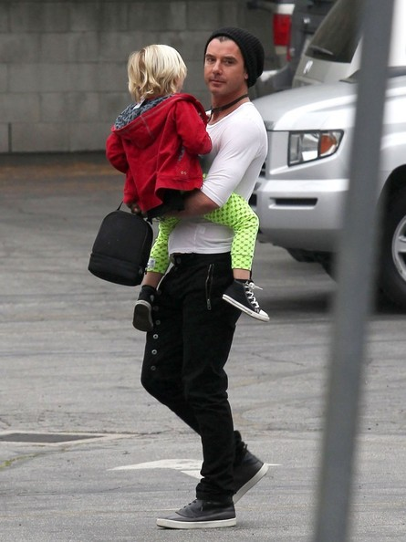 More Pics of Gavin Rossdale Skinny Pants (3 of 6) - Gavin Rossdale Lookbook - StyleBistro