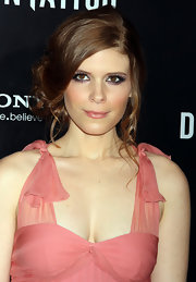 Kate Mara wore her hair in an adorable updo with long spiral tendrils at the NYC premiere of 'The Girl With the Dragon Tattoo.'