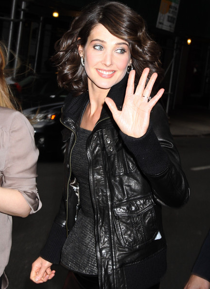 More Pics of Cobie Smulders Diamond Hoops (1 of 9) - Hoop Earrings Lookbook - StyleBistro