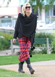 Gwen Stefani chose this modern take on the classic kit for her cool street style.