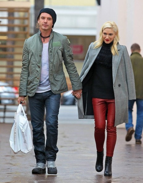 Gwen Stefani & Gavin Rossdale Shop In Studio City