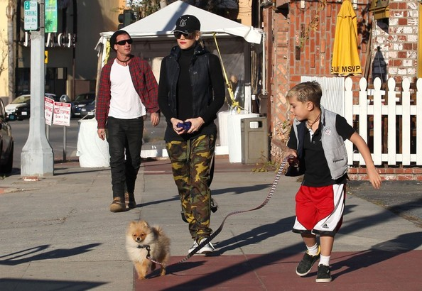 Gwen Stefani And Family Out For Lunch In Studio City
