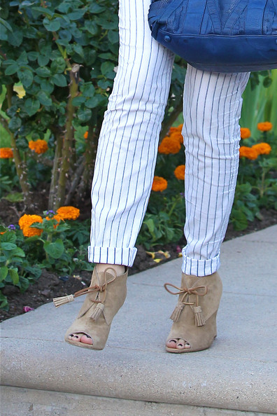 More Pics of Gwen Stefani Ankle boots (1 of 8) - Ankle boots Lookbook - StyleBistro