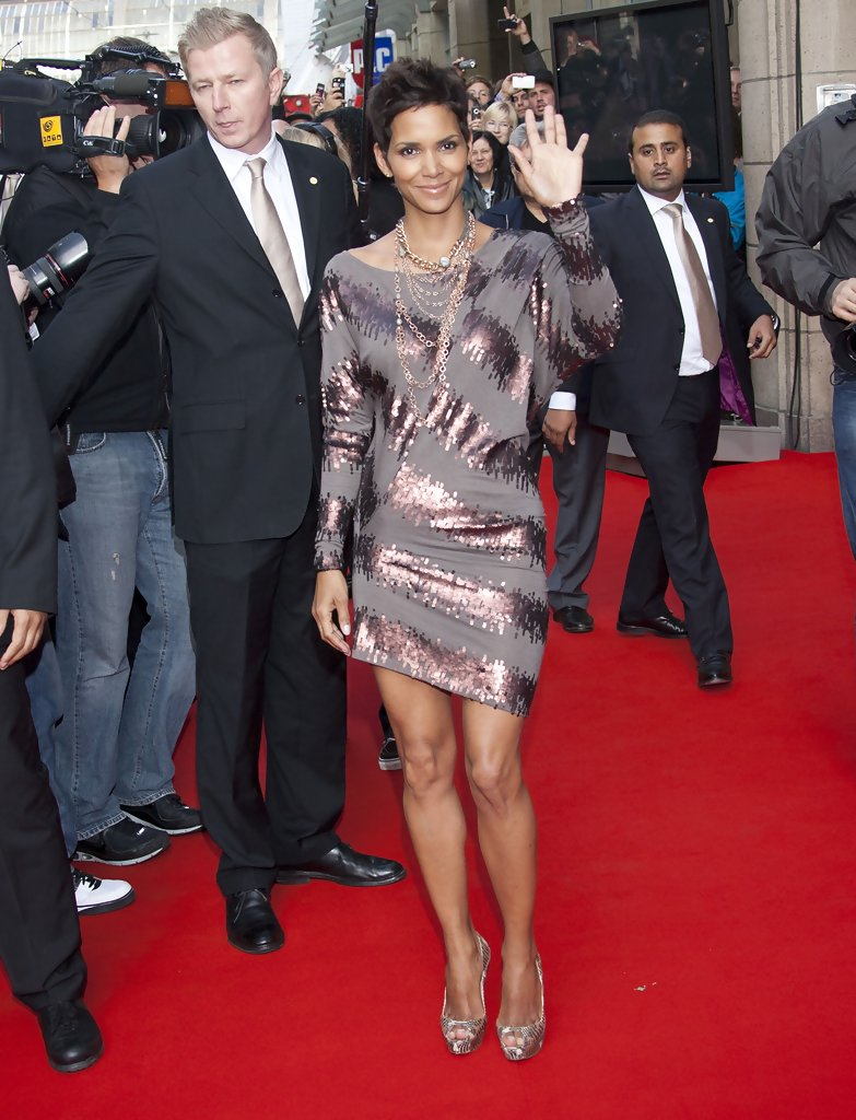 halle berry cocktail dress halle berry looks stylebistro