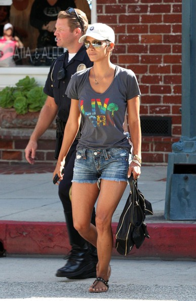 Halle Berry Jean Shorts []