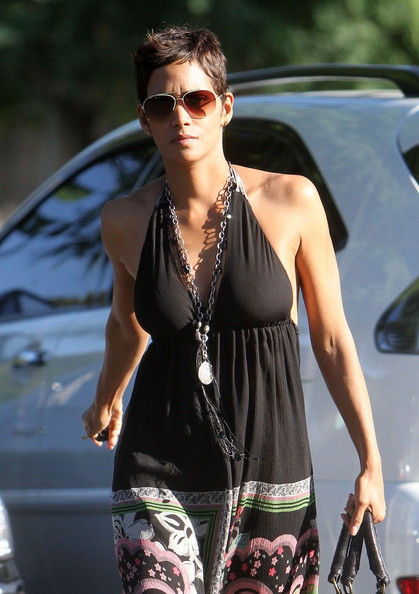 Halle Berry Silver Chain