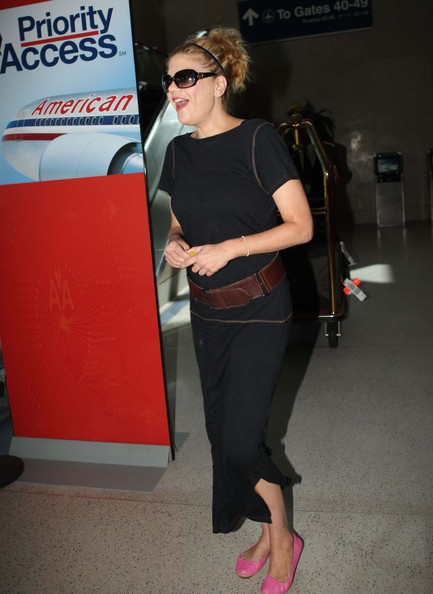 More Pics of Kristen Johnston Oversized Sunglasses (2 of 24) - Kristen Johnston Lookbook - StyleBistro