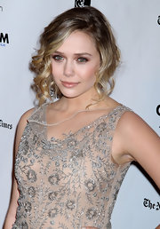 Elizabeth Olsen wore her hair in a sweet, romantic updo at IFP's 21st Annual Gotham Independent Film Awards.