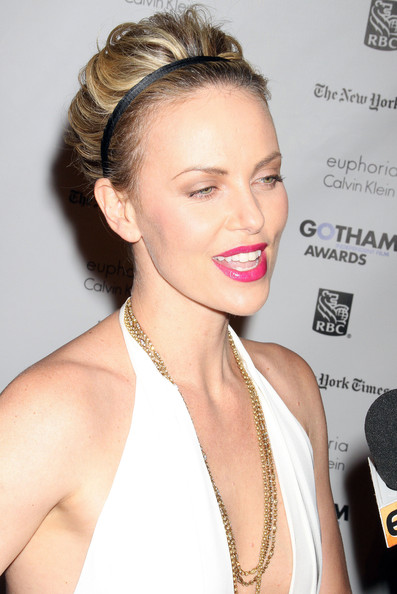 Astonishing More Pics Of Charlize Theron Short Curls 3 Of 9 Short Short Hairstyles For Black Women Fulllsitofus