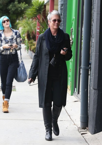Jamie Lee Curtis Hangs Out with Her Daughter