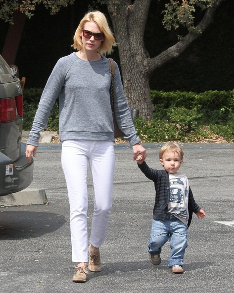 More Pics of January Jones Skinny Jeans (3 of 68) - January Jones Lookbook - StyleBistro