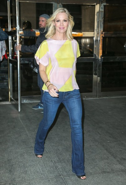 Jennie Garth Clothes