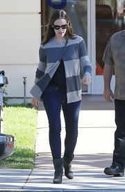 Jennifer battled the brisk autumn chill in this stylish wrap sweater.