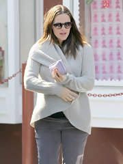 Jennifer Garner kept out the cold in a soft shawl collar cardigan.