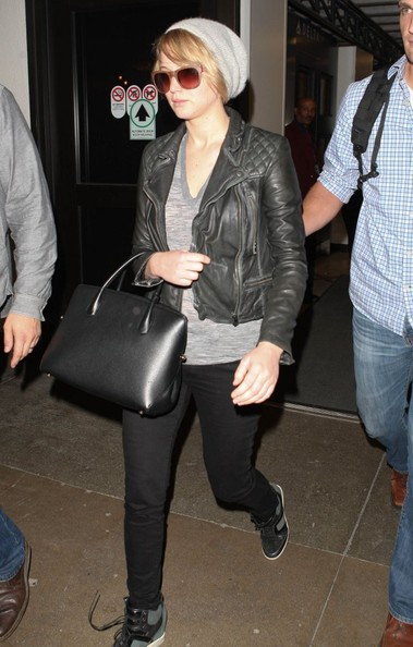 More Pics of Jennifer Lawrence Leather Tote (1 of 9) - Tote Bags Lookbook - StyleBistro