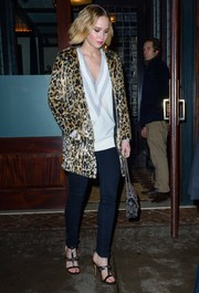 Jennifer Lawrence showed her wild side with this Topshop leopard-print faux-fur coat while out in New York City.