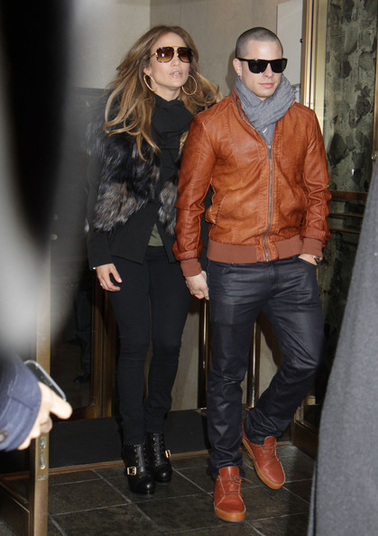 Casper Smart's dark wash jeans were sleek and stylish choice for a night out.