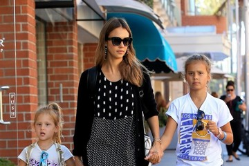 Jessica Alba Honor Warren Jessica Alba Goes Out With Her Daughters in Beverly Hills
