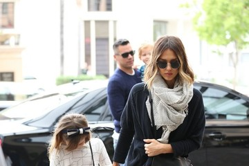 Jessica Alba Honor Warren Jessica Alba & Family Stop By The Montage Hotel