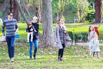 Jessica Alba Honor Warren Jaime King & Jessica Alba Hang Out At The Park With Their Kids
