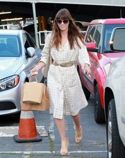Jessica Biel looked effortlessly stylish in a grid-patterned white shirtdress while visiting Au Fudge.