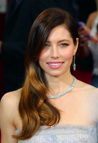 Jessica Biel Side Sweep