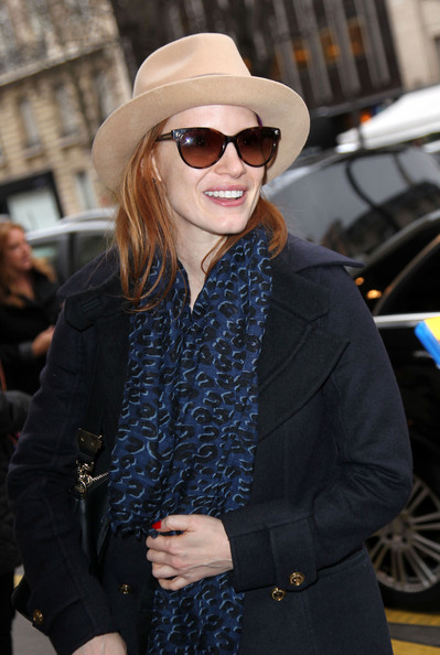 Jessica Chastain Patterned Scarf
