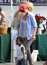 Jillian Michaels wore a blue pin-dot button-down over a white tank top during a visit to the Farmers' Market.