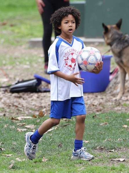 Heidi Klum And Family At Soccer Camp In Brentwood