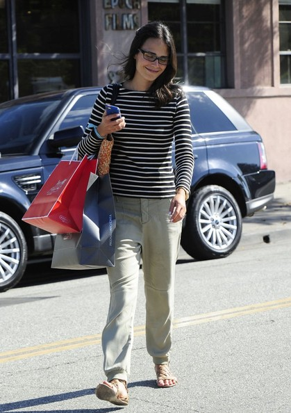 More Pics of Jordana Brewster Print Blouse (1 of 23) - Print Blouse Lookbook - StyleBistro
