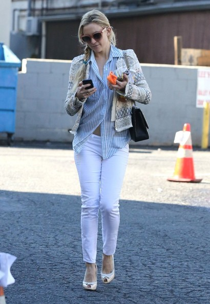 Kate Hudson Tweed Jacket []