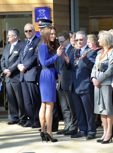 More Pics of Kate Middleton Pumps (1 of 13) - Kate Middleton Lookbook - StyleBistro