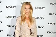 Katie Cassidy Tops off Her DKNY Outfit with Sassy Sandals