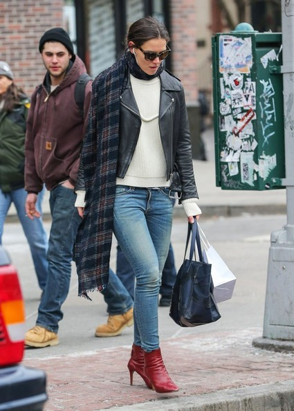 More Pics of Katie Holmes Ankle Boots (1 of 11) - Katie Holmes Lookbook - StyleBistro