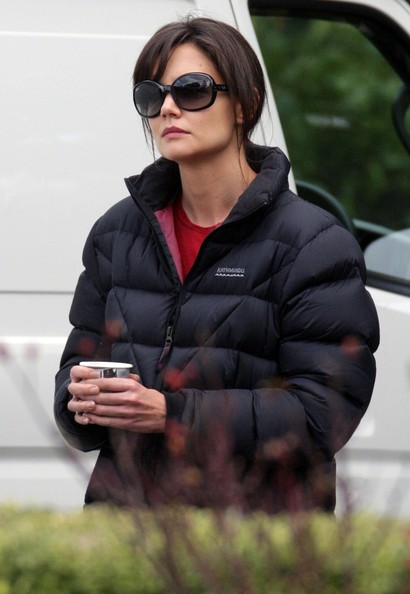 More Pics of Katie Holmes Butterfly Sunglasses (1 of 11) - Katie Holmes Lookbook - StyleBistro