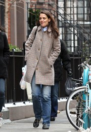 Katie Holmes kept warm and comfy with a houndstooth tweed coat by A.P.C. while out and about in Manhattan.