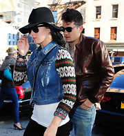 Katy Perry looked ready for adventure a la Indiana Jones in this luxe wide-brimmed hat.