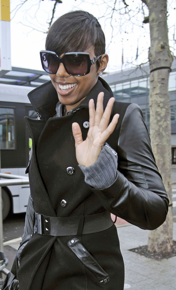 Kelly Rowland Square Sunglasses