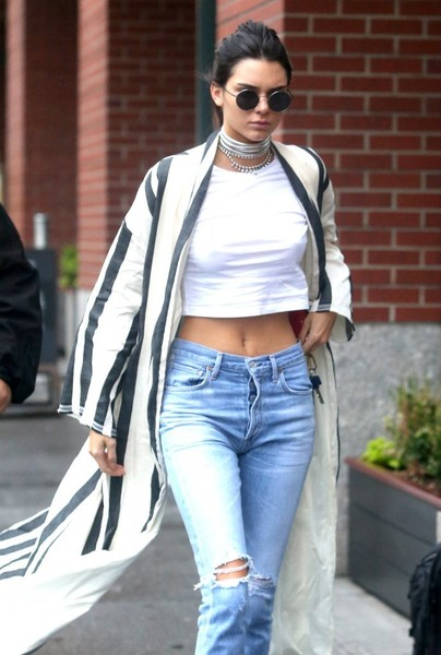 ad979aee657d83 More Pics of Kendall Jenner Crop Top (7 of 18) - Kendall Jenner Lookbook -  StyleBistro