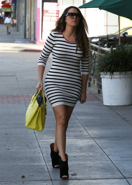 More Pics of Khloe Kardashian Leather Tote (1 of 19) - Tote Bags Lookbook - StyleBistro