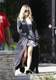 Khloe Kardashian's silver Mystylemode slip dress and black satin duster were an alluring pairing!
