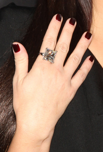 Kim Kardashian Engagement Ring Wedding Rings Lookbook