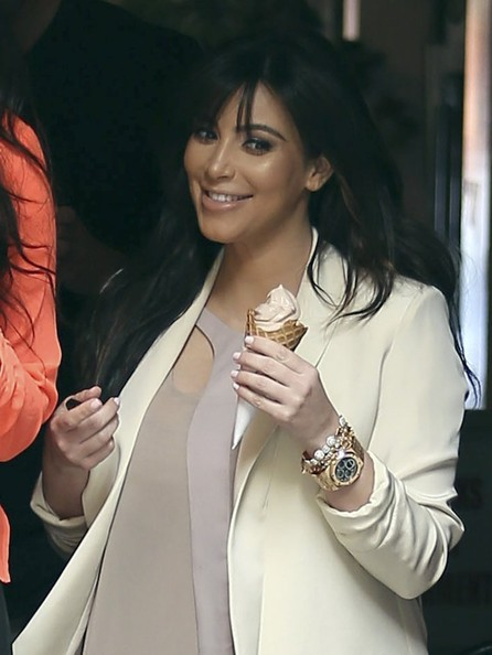 More Pics of Kim Kardashian Blazer (5 of 39) - Kim Kardashian Lookbook - StyleBistro