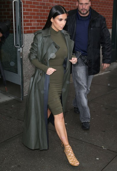 More Pics of Kim Kardashian Sweater Dress (1 of 9) - Sweater Dress Lookbook - StyleBistro