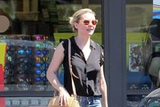 Kirsten Dunst Straw Shoulder Bag