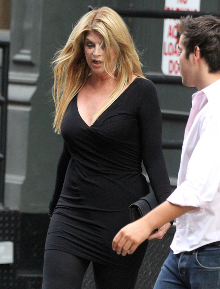 Kirstie Alley Fitted Blouse