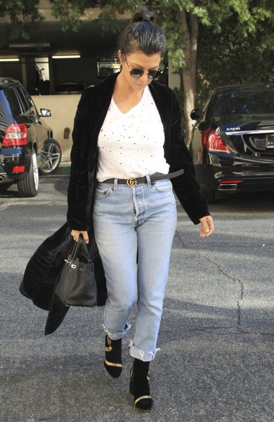 Kourtney Kardashian Boyfriend Jeans
