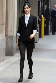 Krysten Ritter paired a two-button blazer over her button down for a sleek and sophisticated look.